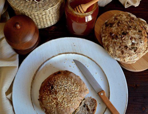 Chleba s medem+logo