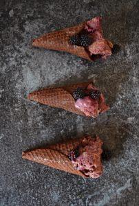Ostružinová zmrzlina 3+LOGO