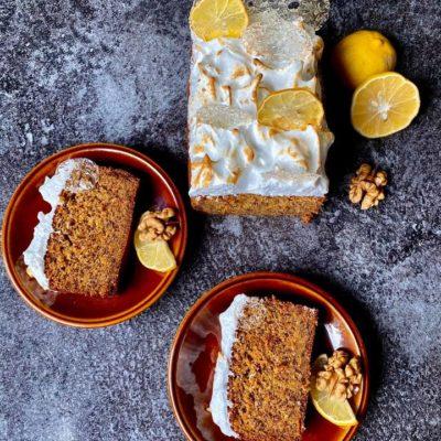 Ořechovo mrkvový chlebík se sněhovou peřinou a citrónem